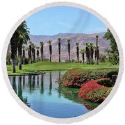 Black Swan In Palm Springs Round Beach Towel