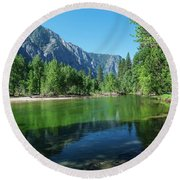 Blue And Green River Round Beach Towel