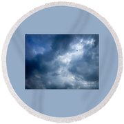 Blue And White Cloud Formations Round Beach Towel
