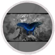 Blue Butterfly In Charcoal And Vibrant Aqua Paint Round Beach Towel