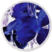Blue Canna Lily Round Beach Towel