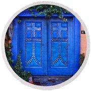 Blue Door In Old Town Round Beach Towel