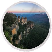 Blue Haze At Sunrise At Ecco Point In Blue Mountains Round Beach Towel