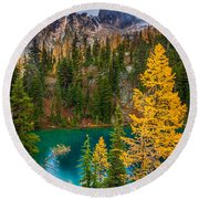 Blue Lake And Early Winter Spires Round Beach Towel