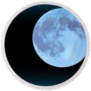 Blue Moonshine Round Beach Towel