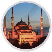 Blue Mosque At Dusk Round Beach Towel