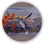 Blue Throated Hummingbird Round Beach Towel