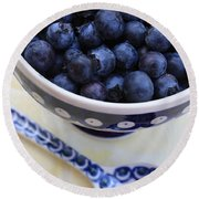 Blueberries In Polish Pottery Bowl Round Beach Towel