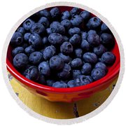 Blueberries In Red Bowl Round Beach Towel