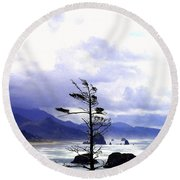 Blustery Round Beach Towel