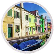 Boats In Burano Round Beach Towel