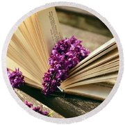 Book And Flower Round Beach Towel