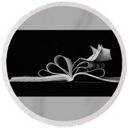 Book Round Beach Towel