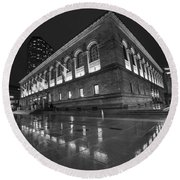 Boston Public Library Rainy Night Boston Ma Black And White Round Beach Towel