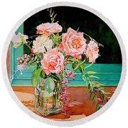 Bouquet De Roses - Marrakech Round Beach Towel