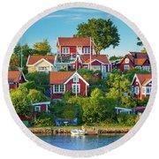 Brandaholm Cottages Round Beach Towel