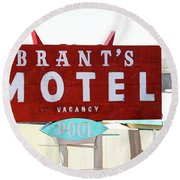 Brants Motel Sign Barstow Round Beach Towel