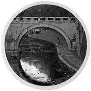 Bridge Over The Tiber Round Beach Towel