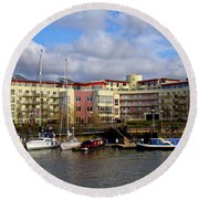 Bristol Harbour Appartments Round Beach Towel