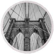 Brooklyn Bridge Goes Up Round Beach Towel