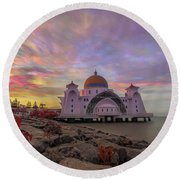Brush Stroke Cloud Over Selat Mosque Round Beach Towel