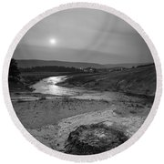 Bubbling Hot Spring In Yellowstone National Park Bw Round Beach Towel
