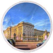 Buckingham Palace And London Taxis Round Beach Towel