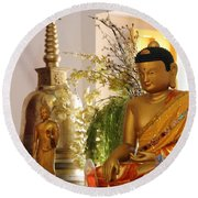 Buddha In India Round Beach Towel