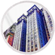 Building Closeup In Manhattan 15 Round Beach Towel