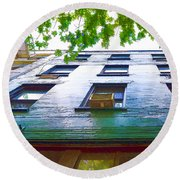 Building Closeup In Manhattan 17 Round Beach Towel