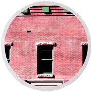 Building In Red And Green Round Beach Towel