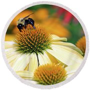 Bumble Bee On Top Round Beach Towel