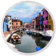 Burano Canal And Homes Round Beach Towel