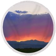 Burning Rays Of Sunset Round Beach Towel