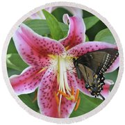 Butterfly And Lilly Round Beach Towel