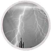 Bw Lightning From Heaven Round Beach Towel