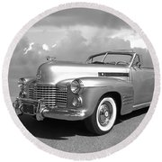 Bygone Era - 1941 Cadillac Convertible In Black And White Round Beach Towel