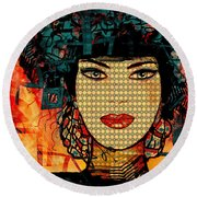 Cabaret Girl Round Beach Towel