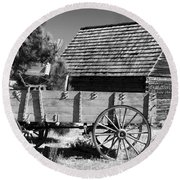 Cabin And Wagon Round Beach Towel
