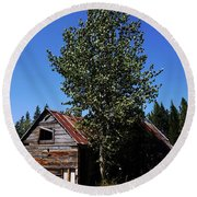Cabin In The Meadow Round Beach Towel