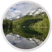 Calm Reflection On String Lake Round Beach Towel