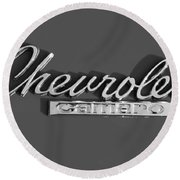 Camaro Logo In Black And White Round Beach Towel
