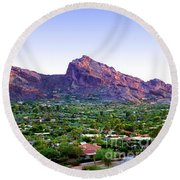 Camelback Mountain, Phoenix, Arizona Round Beach Towel