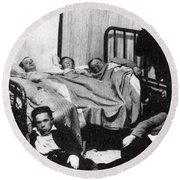 Canada: Great Depression, 1930 Round Beach Towel