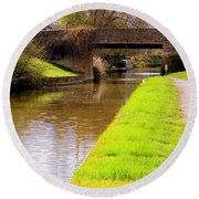 Canal In Oxford England Round Beach Towel