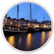 Canal Thorbeckegracht In Zwolle In The Evening Round Beach Towel