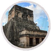Cancun Mexico - Chichen Itza - Temples Of The Jaguar On The Great Ball Court Round Beach Towel