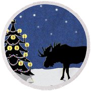 Candlelit Christmas Tree And Moose In The Snow Round Beach Towel