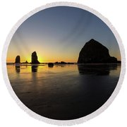 Cannon Beach Low Tide Sunset Round Beach Towel