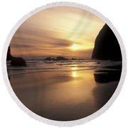 Cannon Beach Sunset-oregon Round Beach Towel